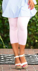 Luxury Awaits Capri Legging - Rose