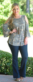 Guard Your Heart Top - Camo