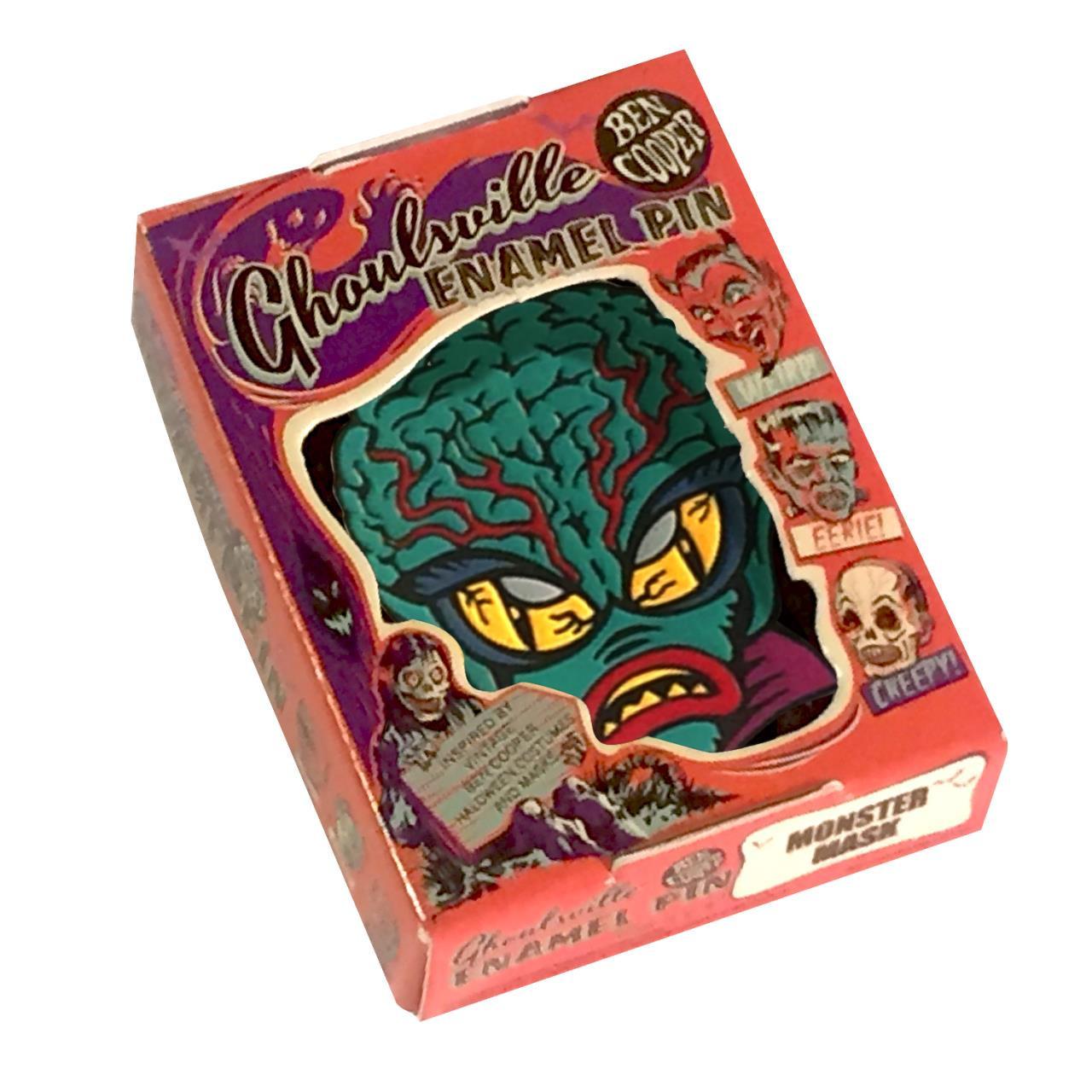 Alien Master Cloisonné Pin* -