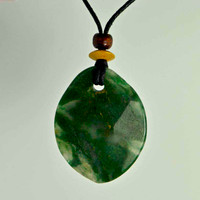 Rock Art Polished Stone Pendant Jewelry, Moss Agate, Green
