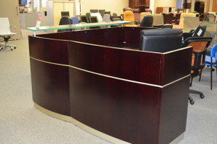 Mayline Reception Unit - 7' x 6'