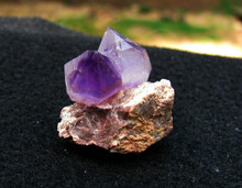 AMETHYST MINI POINT ~ ADDICTIONS ~ CROWN CHAKRA ~ CREATIVITY 1114
