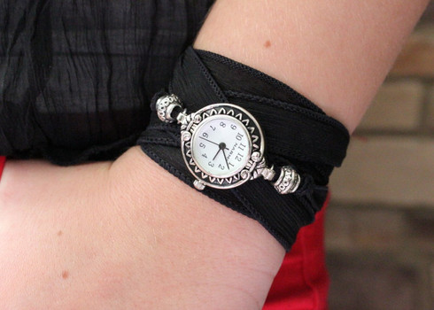 Round Ribbon Wrap Watch