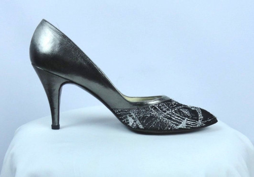 Vintage Stuart Weitzman for Martinique 1980s Silver and Black Pumps - Size 8 AAA