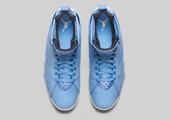 """Jordan 7 Pantone """"UNIVERSITY BLUE"""""""