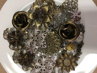 Large Pack of Metal Pieces - Roses Pack, Scrapify, Australia