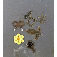 Prima Marketing- Timeless Memories - Metal Trinkets -.Recollection