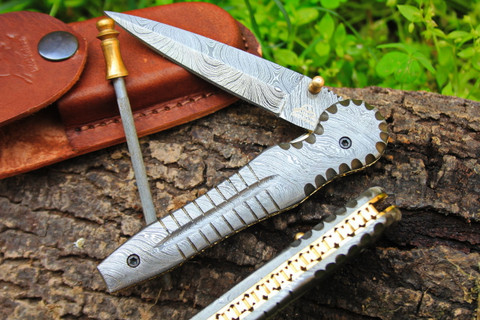 "DKC-117 ALLIGATOR Damascus 4.5' Folded 8.25"" Open 7.9 oz Pocket Folding Knife DKC Knives TM Hand Made Incredible Look and Feel"