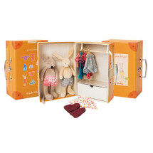 The little wardrobe suitcase From Moulin Roty
