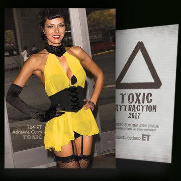 Adrianne Curry / Evening Surprise [ # 204-ET ] TOXIC ATTRACTION cards