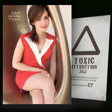 Lily Collins / Innovation [ # 210-ET ] TOXIC ATTRACTION cards
