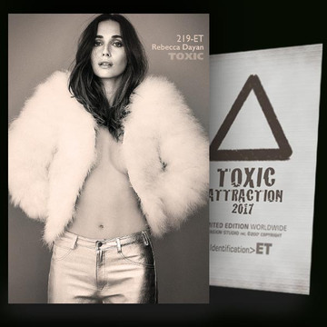 Rebecca Dayan / White Fur [ # 219-ET ] TOXIC ATTRACTION cards