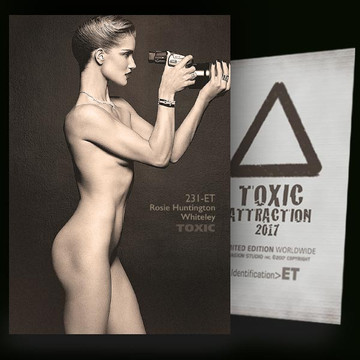 Rosie Huntington-Whiteley / Camera [ # 231-ET ] TOXIC ATTRACTION cards