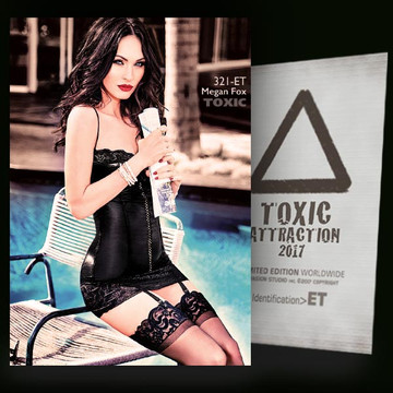 Megan Fox / Hot And Attractive [ # 321-ET ] TOXIC ATTRACTION cards