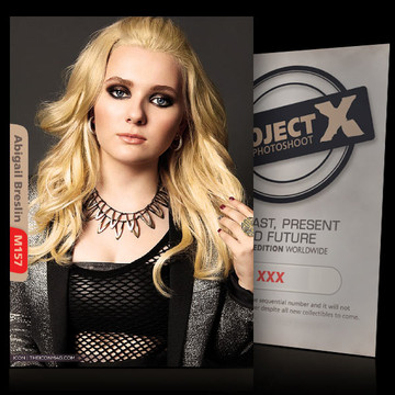 Abigail Breslin [ ID: M157 #XX ] PROJECT X LIMITED EDITION CARDS