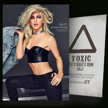 Julianne Hough / Ready for Action [ # 364-ET ] TOXIC ATTRACTION cards