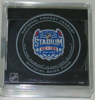 2014 NHL Stadium Series New York Official Game Puck in Cube - Rangers vs. Islanders