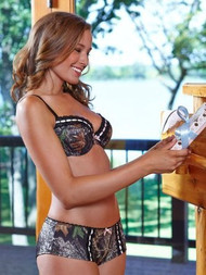 Mossy Oak Break Up Pink-Bow Bra And Hipster Pantie Set (40D, Large)