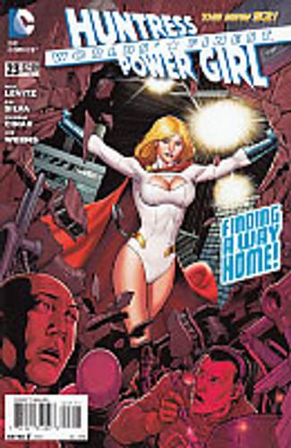 Huntress Power Girl (Worlds' Finest): Finding a way home # 23