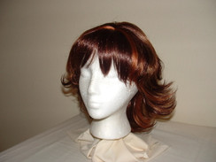 Auburn Highlighted Wig Mid-Length Flip