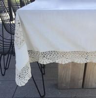 Crochet table cloth #058E