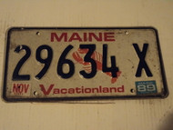 1989 MAINE Vacationland Lobster License Plate 29634 X