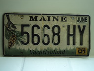 2001 MAINE Vacationland License Plate 5668 HY