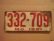 1921 Missouri 332 709 license plate DMV clear