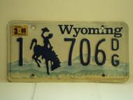 2000 WYOMING Bucking Bronco License Plate 1 706 DG