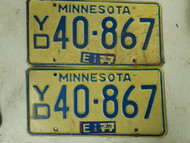 1977 Minnesota License Plate 40-867 Pair