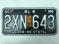 1997 MISSOURI Show-Me State Beyond Local 6000 Pounds License Plate 2XN-643