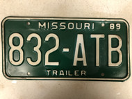 1989 MISSOURI Trailer License Plate 832-ATB