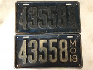Pair of DMV Clear 1919 MISSOURI Passenger License Plates YOM Clear 43558 MO