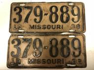 PAIR of DMV Clear 1938 MISSOURI Passenger License Plates YOM Clear 379-889 MO