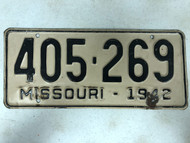 DMV Clear 1942 MISSOURI Passenger License Plate YOM Clear 405-269 MO