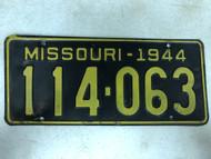 DMV Clear 1944 MISSOURI Passenger License Plate YOM Clear 114-063 MO