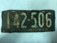DMV Clear 1932 MISSOURI Passenger License Plate YOM Clear 142-506 MO