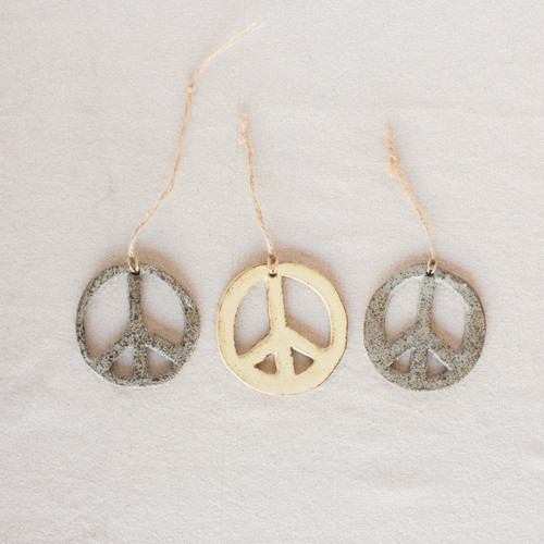 Lucy Michel : Peace Ornaments