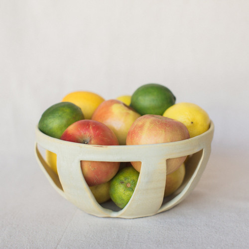 Lucy Michel : Medium Fruit Bowl