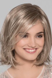 Ellen_Wille_Wigs_Lucky Hi_sandy_blonde_rooted_front1