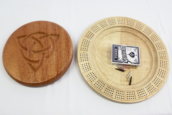 Four Player Cribbage Board Trinity Knot Mahogany and Curly Maple