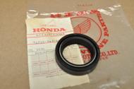 NOS Honda CB360 CB400 F CB400A CB400T CJ360 CM400 CR80 CX500 Front Fork Oil Seal 91255-413-881