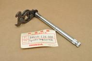 NOS Honda XR75 K0-1976 Gear Shift Shaft Spindle 24610-116-000
