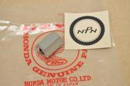 NOS Honda CL70 K0-K3 Rear Exhaust Muffler Mount Stay Bracket Nut 90165-051-690