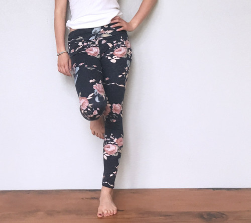 Sophia Floral Rose Leggings - Navy