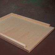 10 FRAME BOTTOM BOARD (PALLET QUANTITY 100)