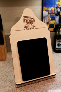 LUX - Cookbook/iPad Stand - Block Initial