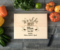 World's Best Mom Personalized Cutting Board BW