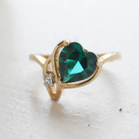 Maria Emerald Heart Motif Ring