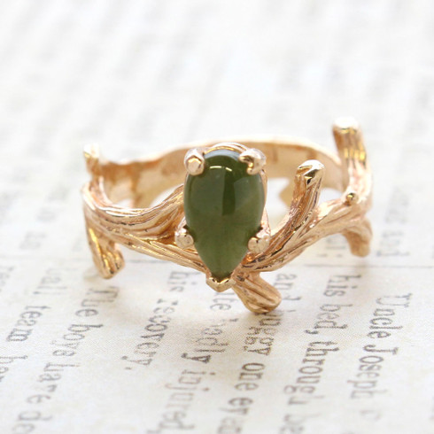 Vintage Ring Genuine Jade 18k Yellow Gold Electroplate Twig Style Band Ring made in the USA